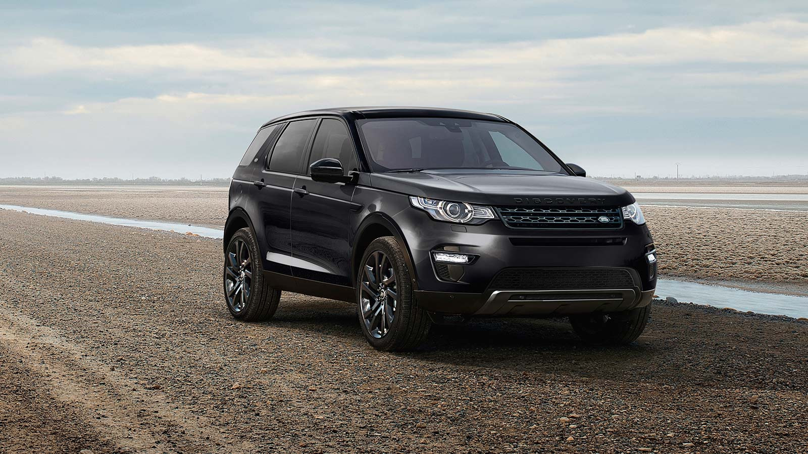 Discovery Sport Black in Carpathian Grey