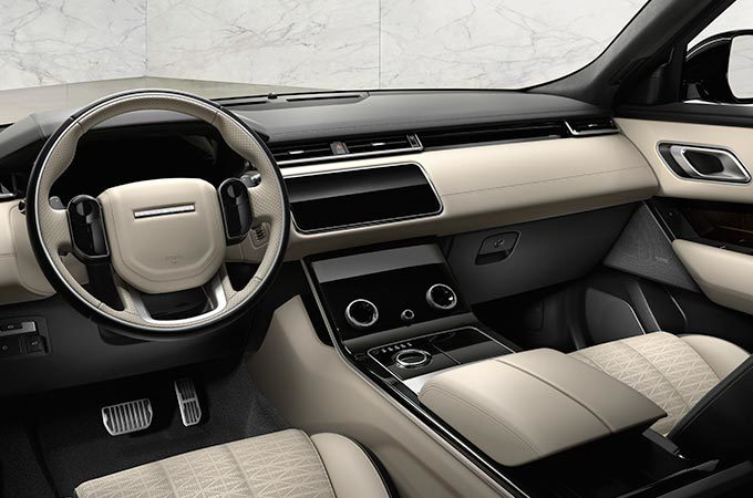 Range rover velar tutti gli optional e accessori land rover for Interno velar