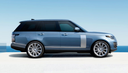 A luxury SUV: the elegant design of the Range Rover.