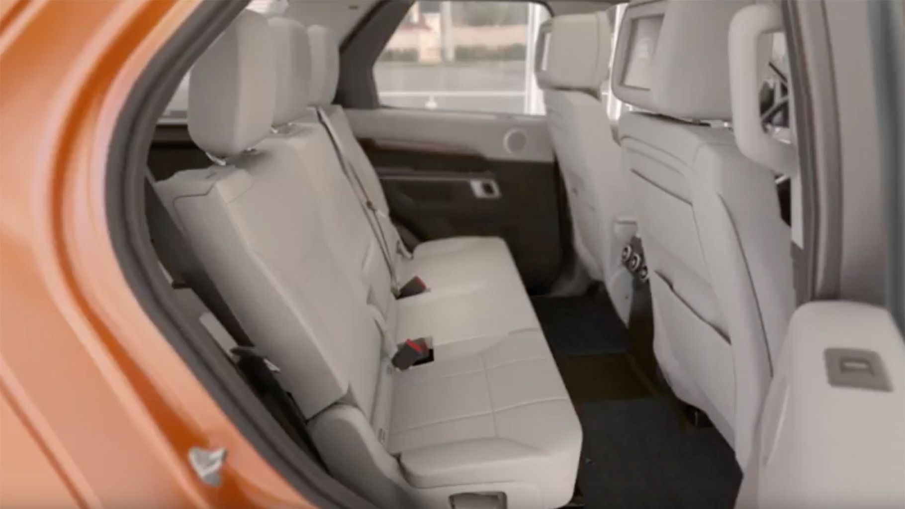 2017 Discovery | Manual Third-Row Seat Operation
