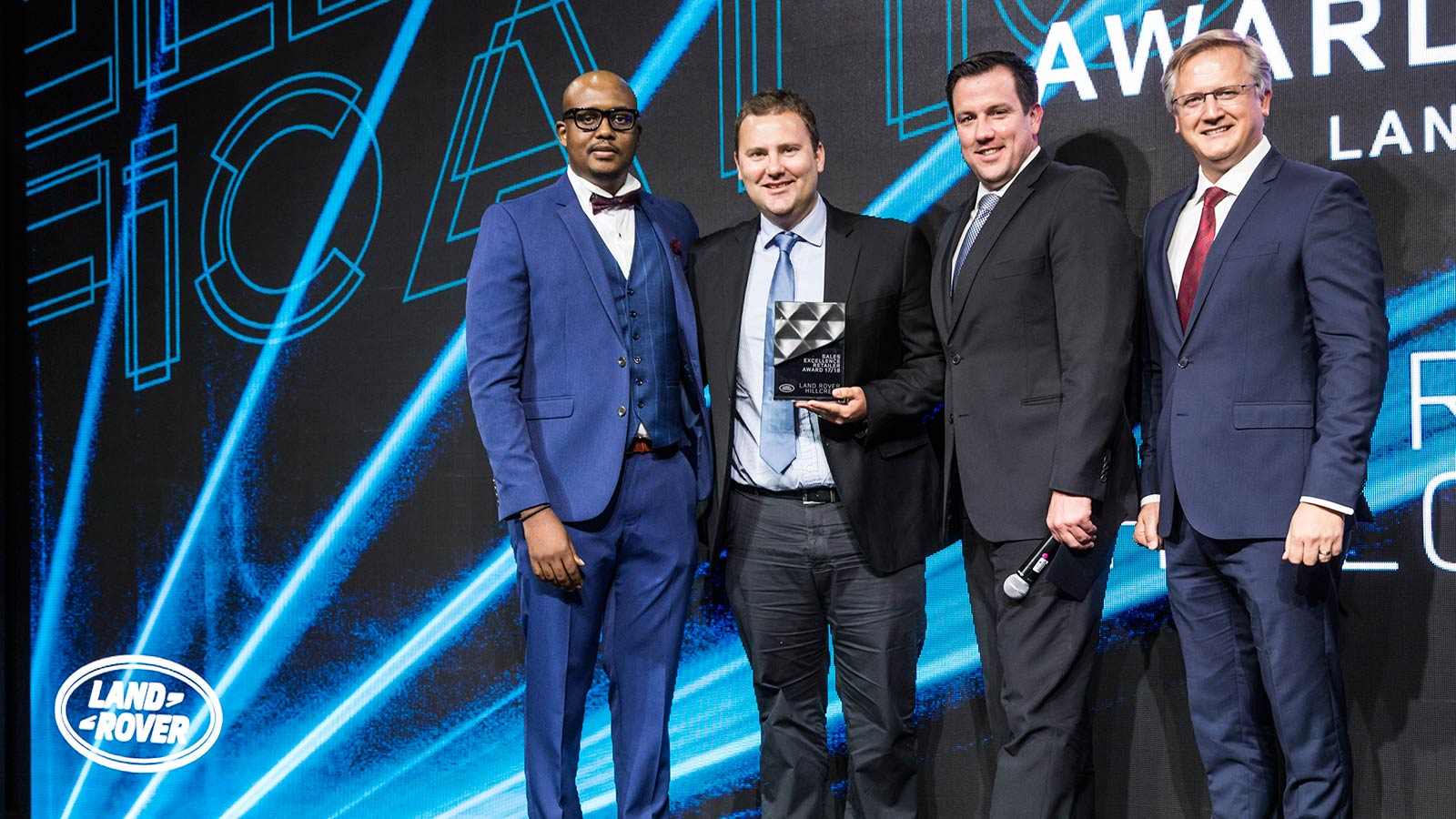 SALES RETAILER OF THE YEAR