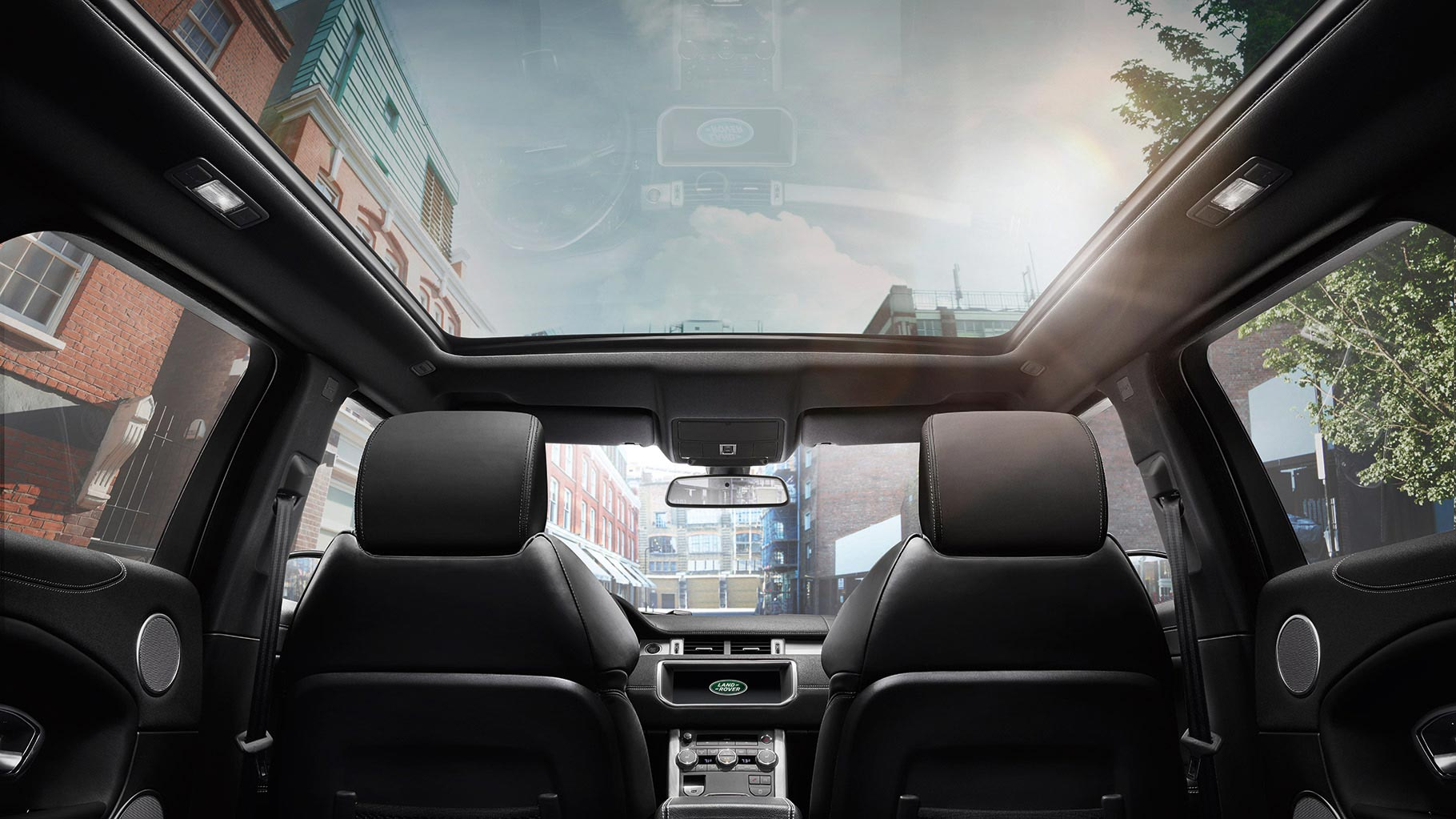 Range Rover Evoque's panoramic roof and in-car entertainment system