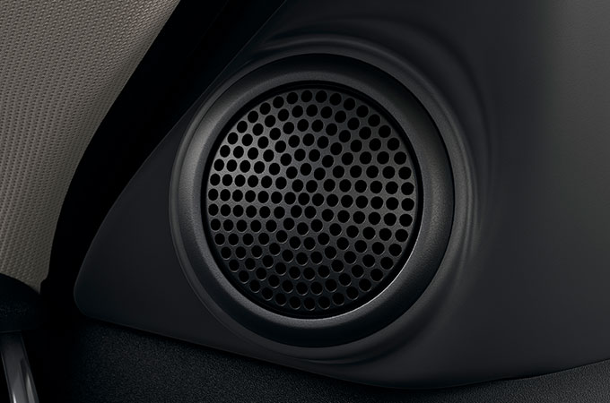 180 watts Land Rover Sound System Performance Speaker.