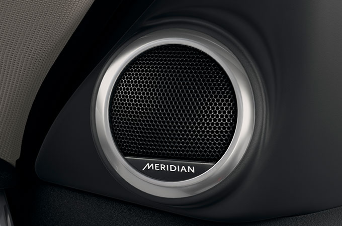 380 watts Meridian Sound System Performance Speaker.