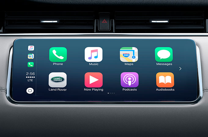 New Range Rover Evoque Touchscreen with Smartphone Pack.