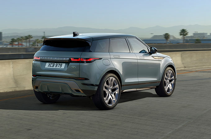 New Range Rover Evoque Dynamic mode on road.