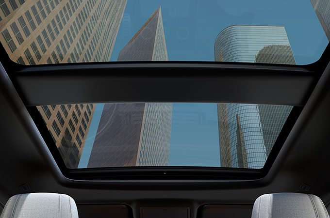 New Range Rover Evoque Panoramic Roof.