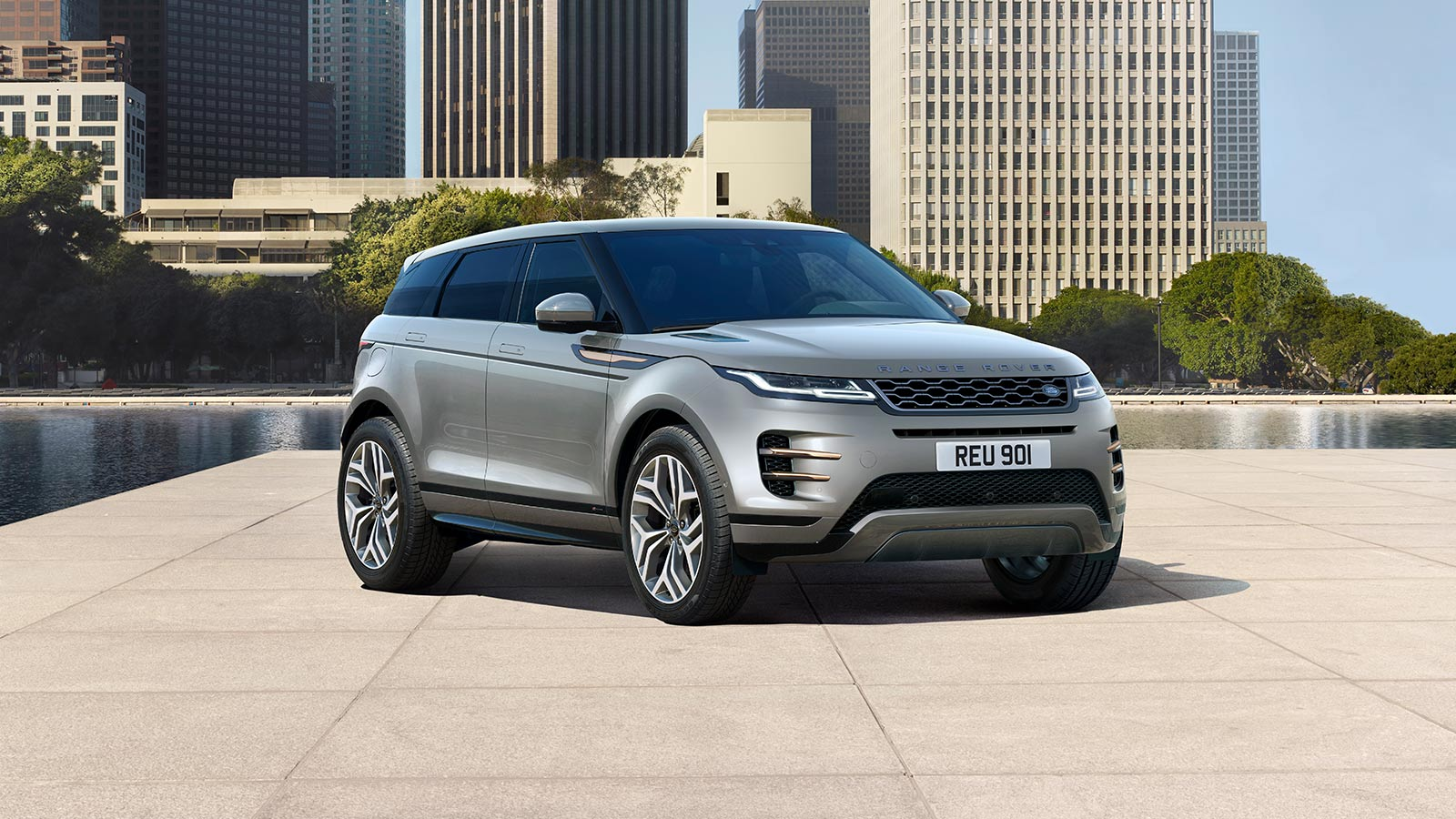 NEW RANGE ROVER EVOQUE R-DYNAMIC HSE