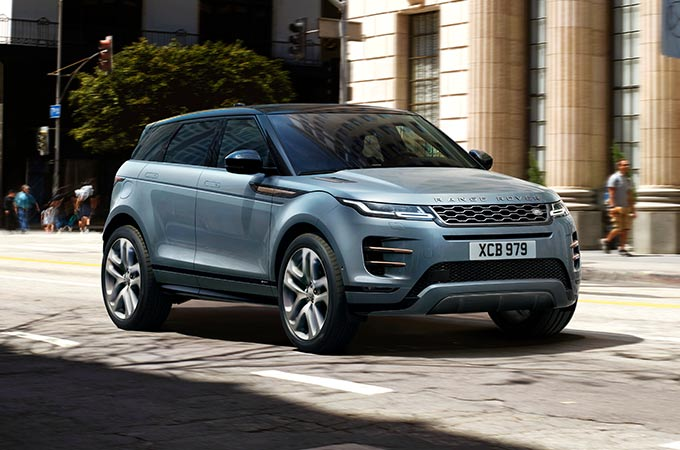 New Range Rover Evoque driving systems for safer journeys.