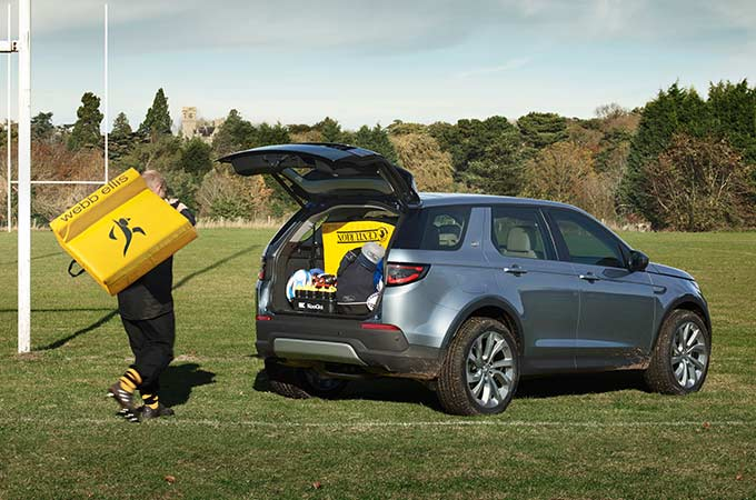 Discovery Sport Gesture Tailgate functionality.
