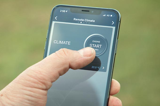 Discovery Sport accessibility through smartphone app.